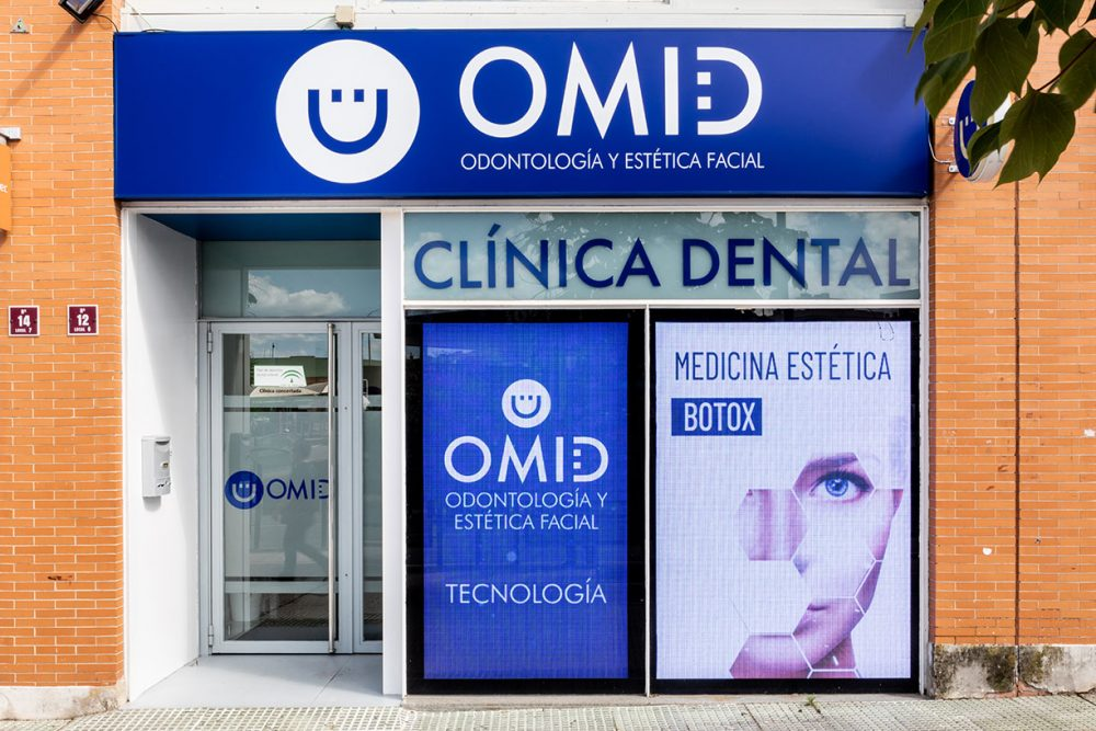 carteleria digital clinica dental